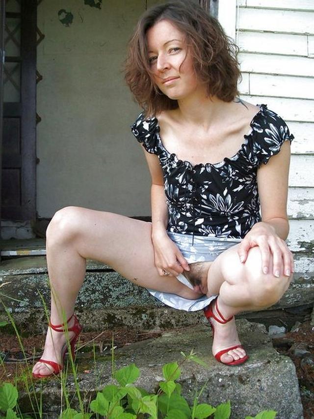 порно зрелые ласкают киску