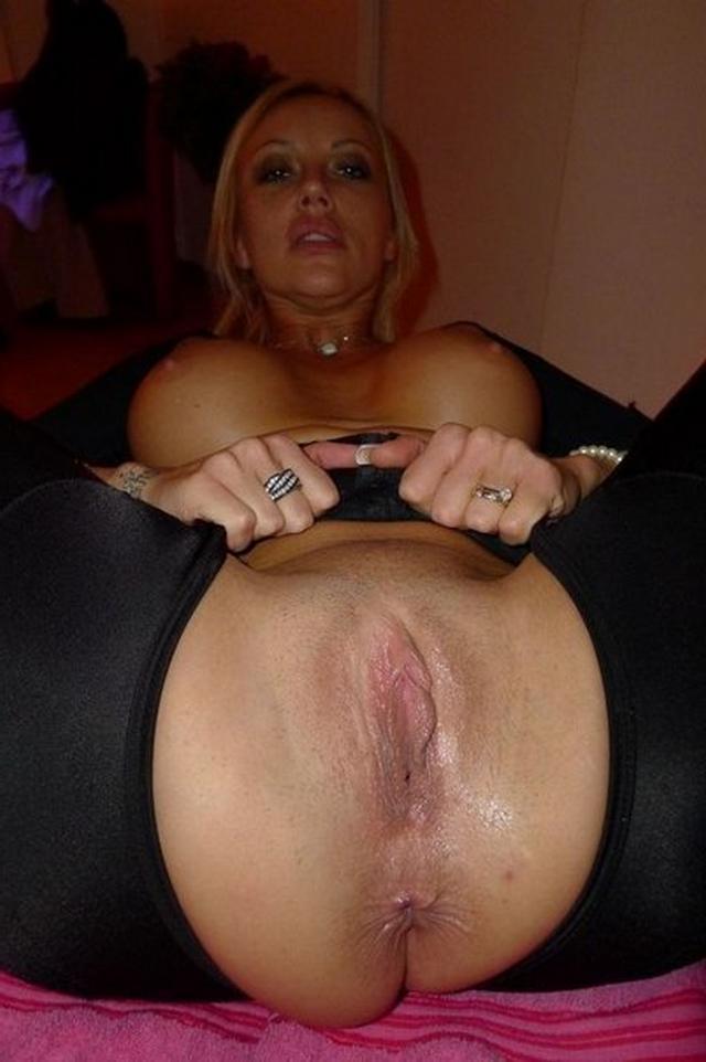 дырки фото крупно проститутки показывают