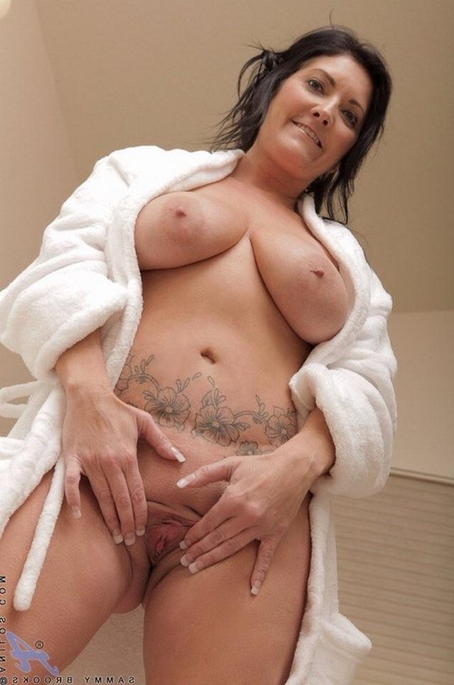 Мамочки в халатах порно фото 347-865